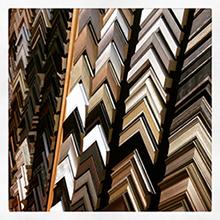 over 800 Frames